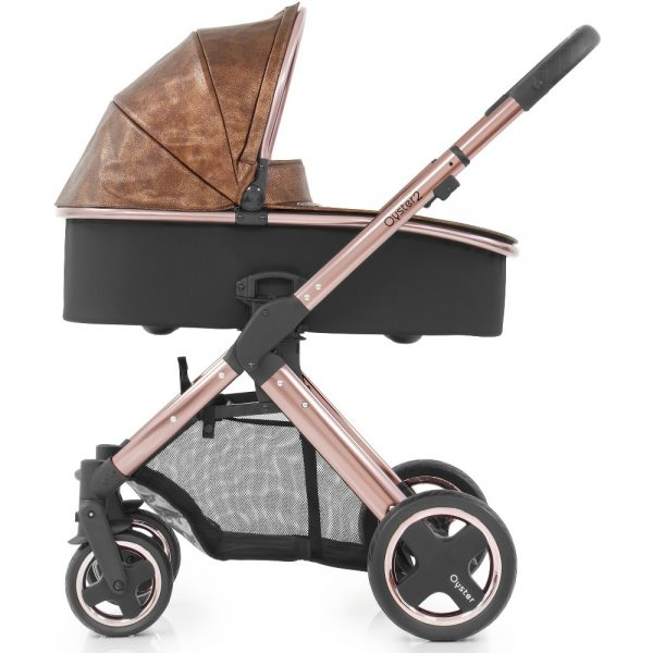 Oyster2_RoseGold_Carrycot_onChassis_Copper